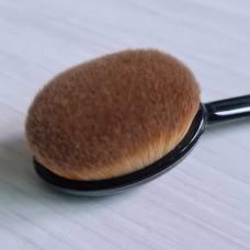 Кисть- щетка для тональной основы Anastasia Beverly hills bleanding brush #4